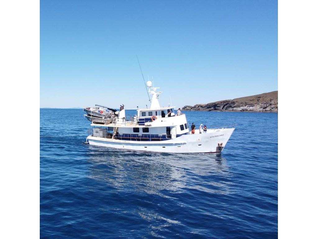 Australiana, Rosslyn Bay